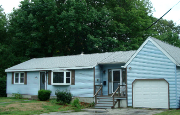 Charming Ranch in Great Manchester NH Neighborhood