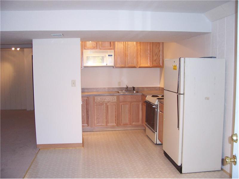 Basement Apt 4380 Plum Point Road Huntingtown MD 20639