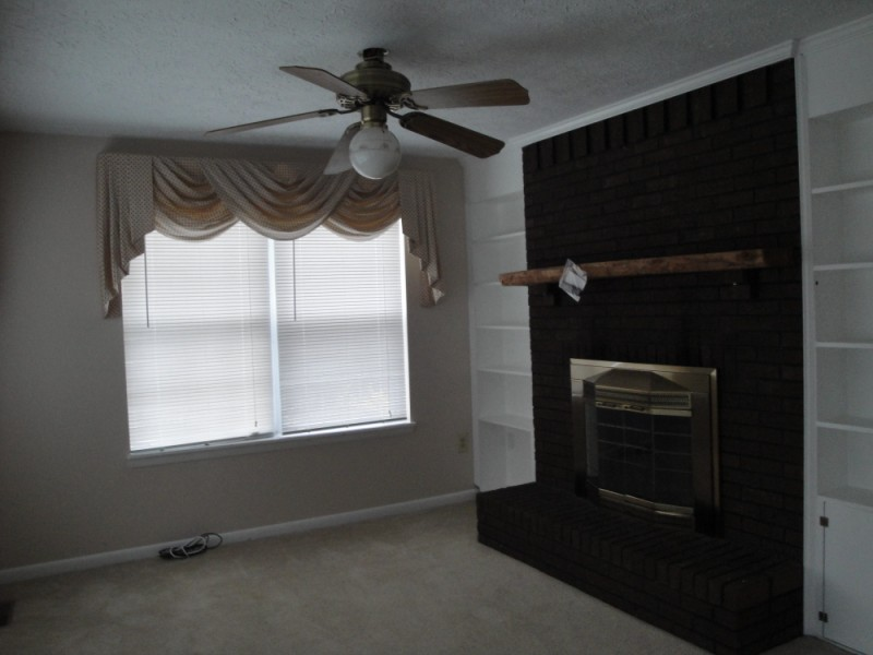 Family Room 4380 Plum Point Road Huntingtown MD 20639